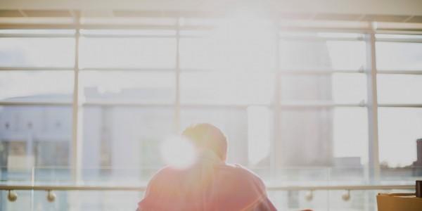 Achtsamkeit am Arbeitsplatz: So räumst du mit Vorurteilen auf